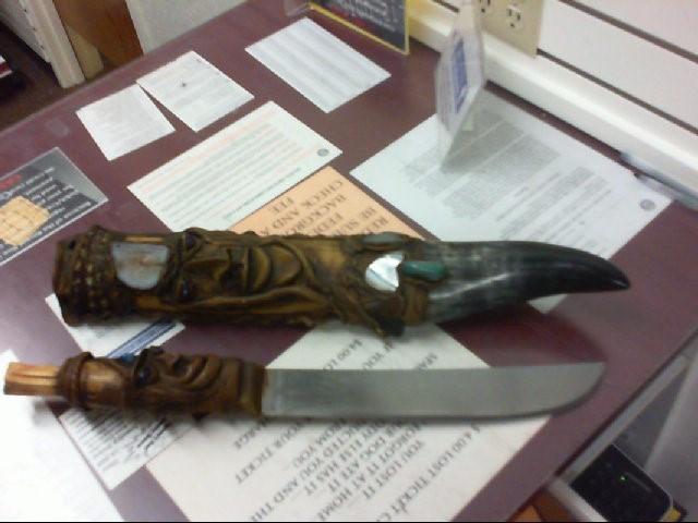 TOTEM MACHETE KNIFE