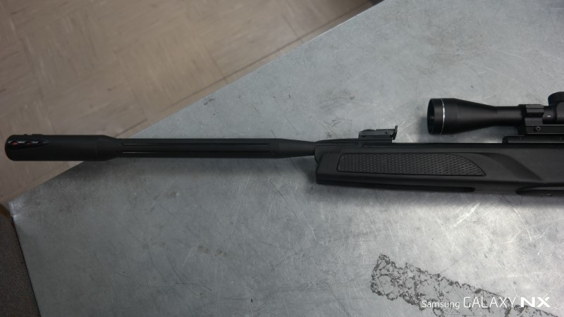 GAMO Air Gun/Pellet Gun/BB Gun VELOCITY 1300