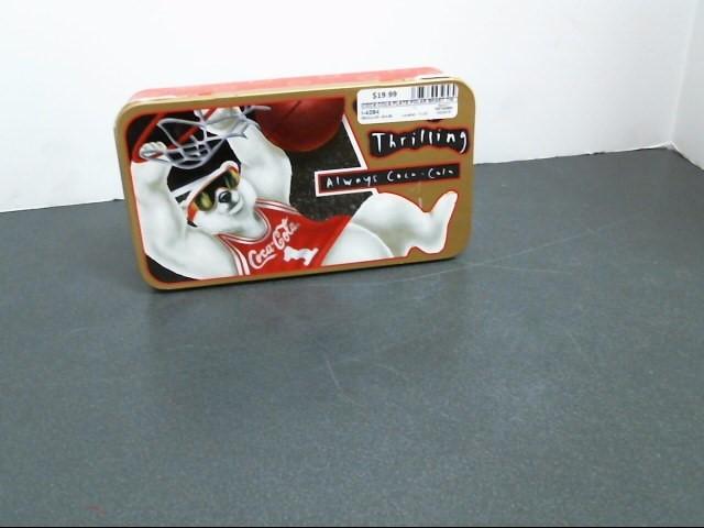 COCA COLA Collectible Plate/Figurine POLAR BEART TIN