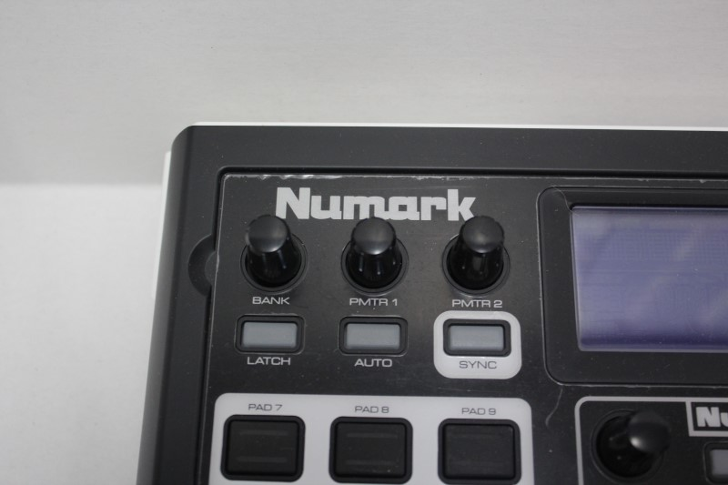 NUMARK ELECTRONICS DJ Equipment NUVJ