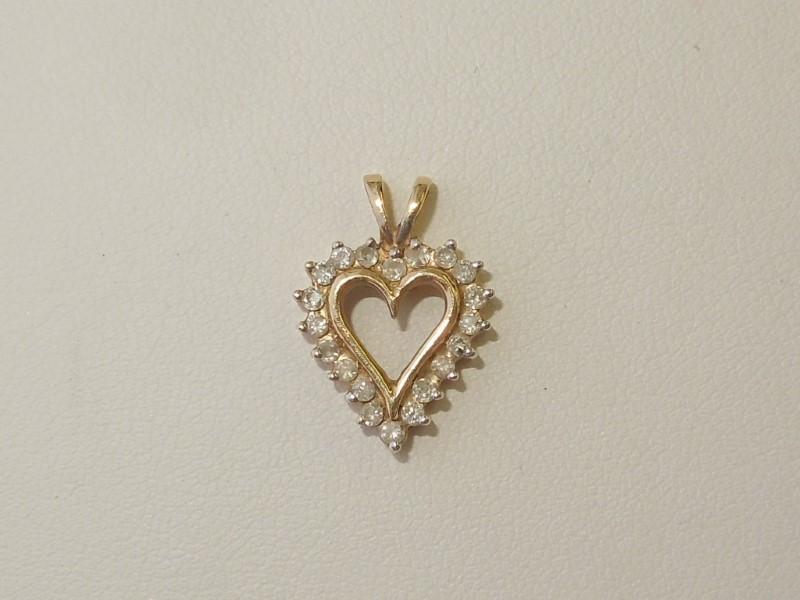 Gold-Multi-Diamond Pendant 20 Diamonds .20 Carat T.W. 10K Yellow Gold 1.5g
