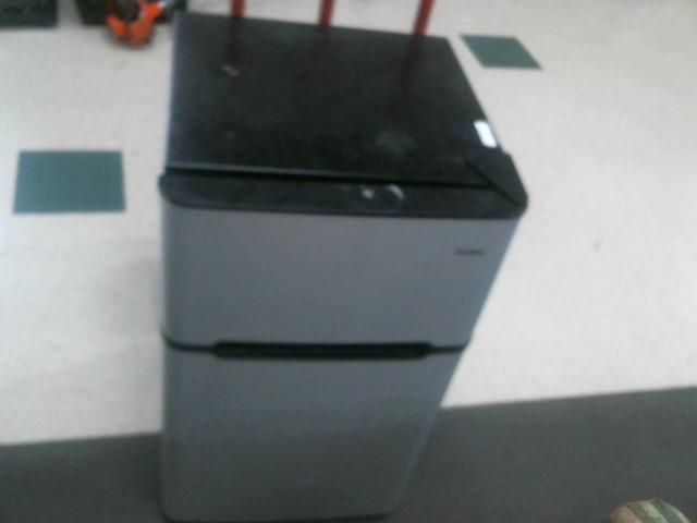 HAIER Refrigerator/Freezer FRIDGE