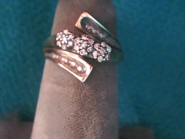 Lady's Diamond Fashion Ring 31 Diamonds .155 Carat T.W. 10K Yellow Gold 1.4dwt