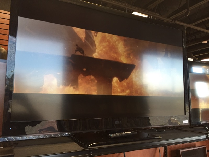 LG Flat Panel Television 55LV4400-UA