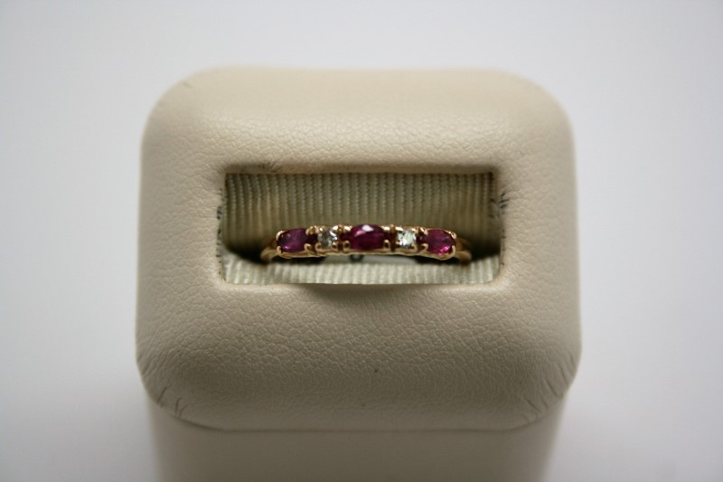 LADY'S FASHION DIAMOND & RUBY RING 14K YELLOW GOLD