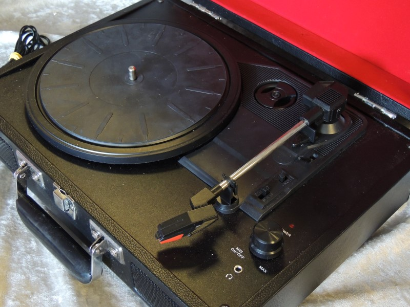 CROSLEY Turntable PORTABLE RECORD PLAYER