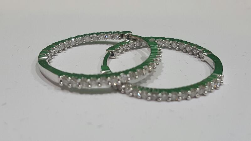 Gold-Diamond Earrings 58 Diamonds 1.16 Carat T.W. 14K White Gold 4.8g