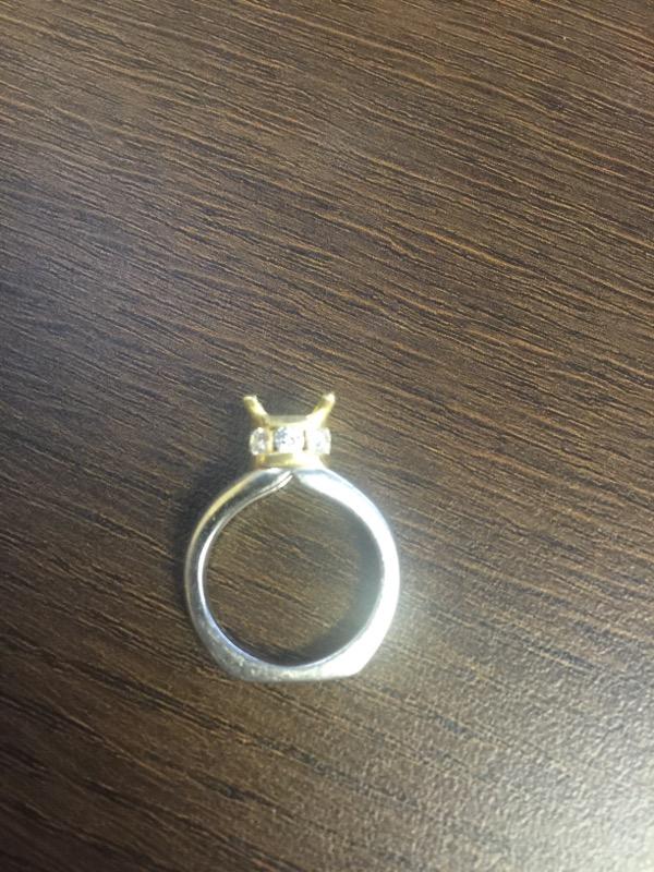 Lady's Plat/18KYG-Diamond Wedding Ring Mount 8 Diamonds .80 Carat T.W.