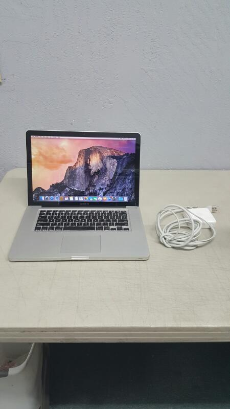 "Apple MacBook Pro Early 2011 (15.4"", Core i7, 2GHz, 4GB, 500GB)"