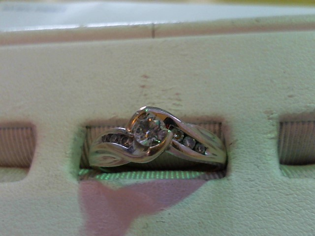 Lady's Diamond Wedding Set 7 Diamonds .43 Carat T.W. 14K White Gold 4.7g