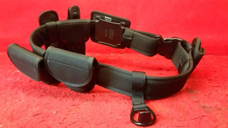 Galls MEDIUM Size Duty Belt - Holster / Two Cuff Holsters / Mag Holster / Asp
