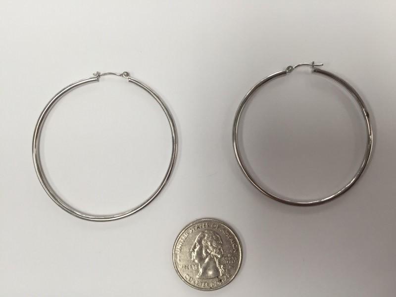 Gold hoop Earrings 10K White Gold 3.2g