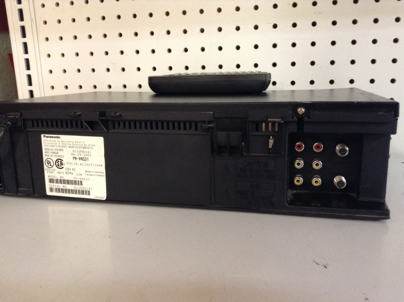 PANASONIC Tape Player/Recorder PV-V4521