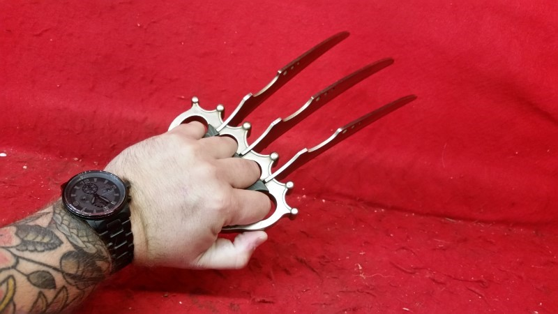 Wolverine Style Stainless Knuckle Knife
