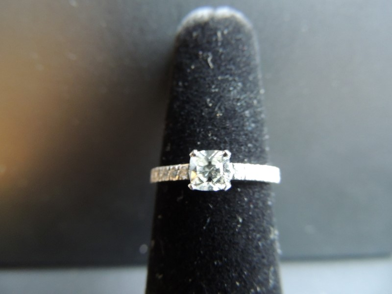 Tiffany & Co Platinum & Diamond Engagement Ring Novo .50 ctw NWT