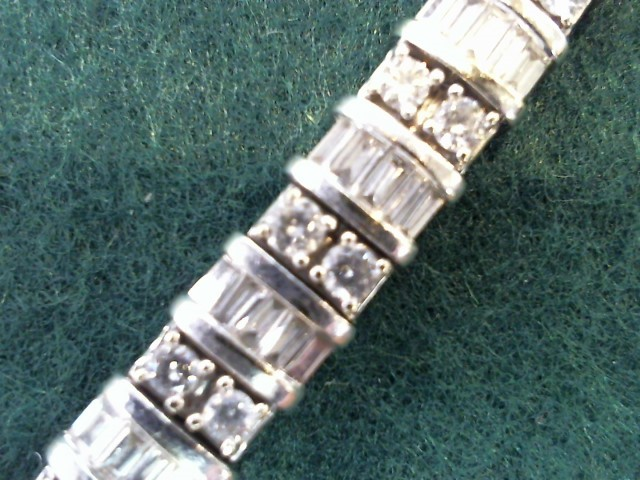 Gold-Diamond Bracelet 175 Diamonds 4.00 Carat T.W. 14K White Gold 25.8g