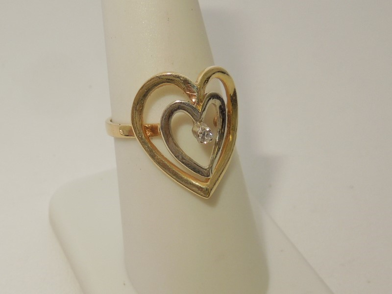 Lady's Diamond Fashion Ring .02 CT. 14K 2 Tone Gold 3g Size:7.5