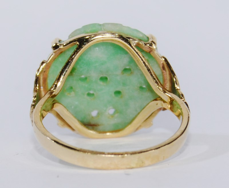 14K Yellow Gold Hand Carved Light Green Jade Ring SIZE 8