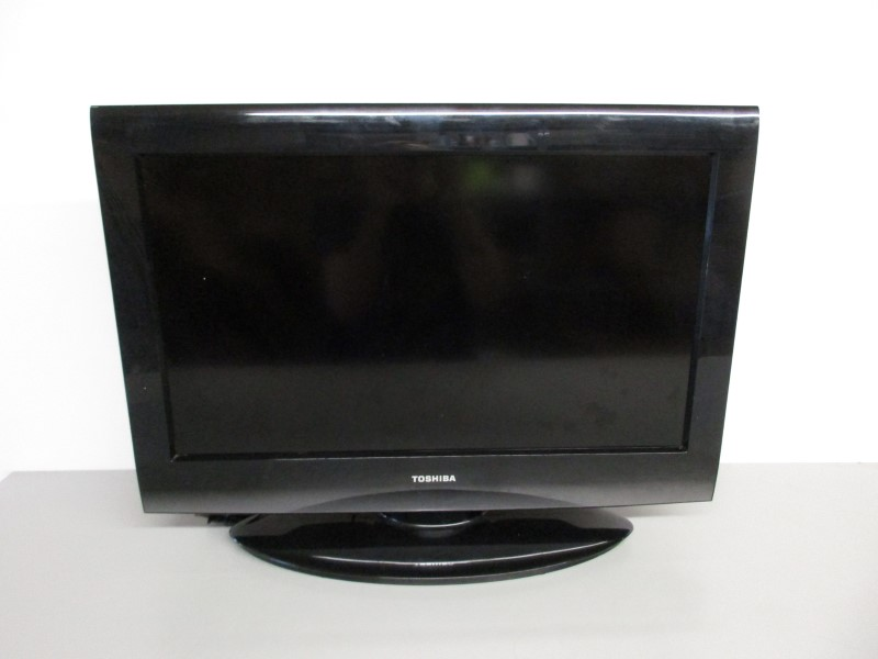 "TOSHIBA 26C100U1 26"" FLAT PANEL TELEVISION"