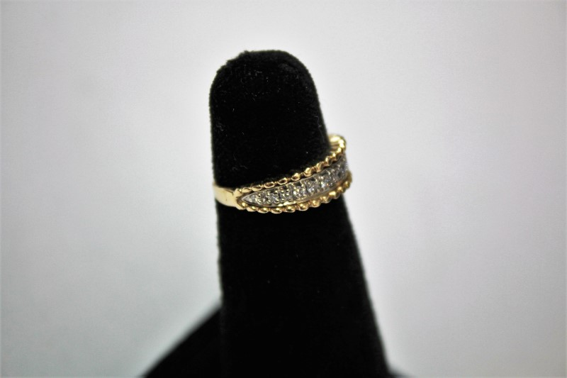 Lady's Diamond Fashion Ring 14 Diamonds .30 Carat T.W. 14K Yellow Gold 3.3g