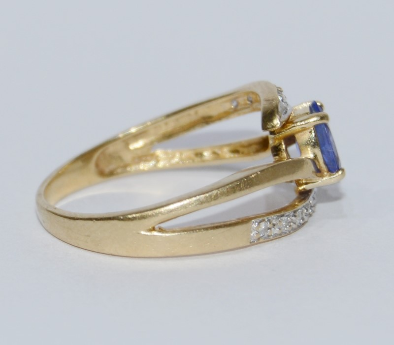 10K Yellow Gold Oval Tanzanite & Diamond Split Shank Ring Size 8.5