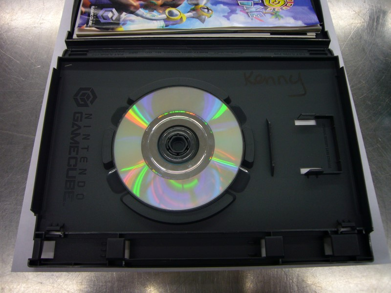 NINTENDO GameCube Game SUPER MARIO SUNSHINE