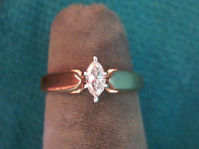 Lady's Diamond Solitaire Ring .18 CT. 10K Yellow Gold 1.8dwt