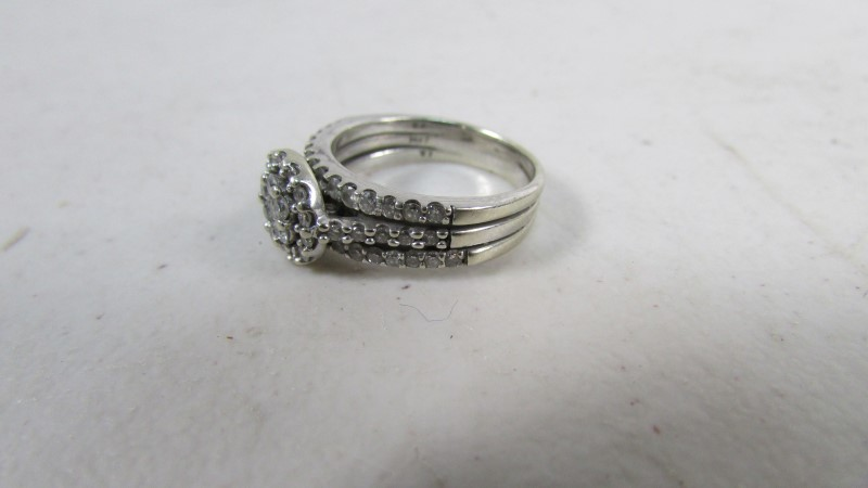 Lady's Diamond Cluster Ring 37 Diamonds .57 Carat T.W. 14K White Gold 5.64g
