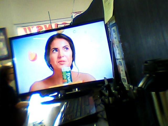 INSIGNIA Flat Panel Television NS-32D512NA15