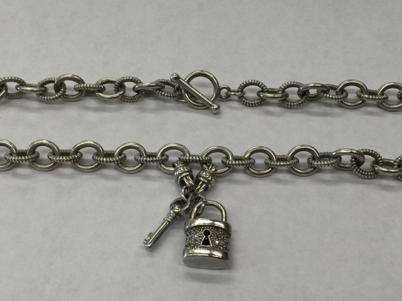 "19"" SILVER Diamond Necklace CHAIN W/PENDANT 12 Diamonds .12 Carat T.W."