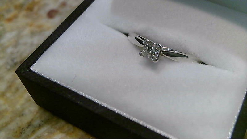Lady's Platinum-Diamond Solitaire .25 CT. 950 Platinum 2.6g Size:7