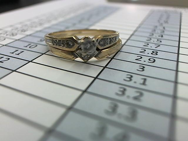 Lady's Diamond Wedding Set 8 Diamonds .31 Carat T.W. 10K Yellow Gold 2.1g