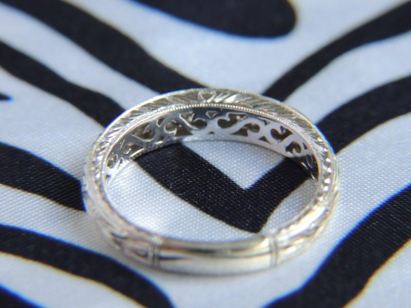 Lady's Diamond Wedding Band 36 Diamonds .36 Carat T.W. 14K White Gold 3.2g
