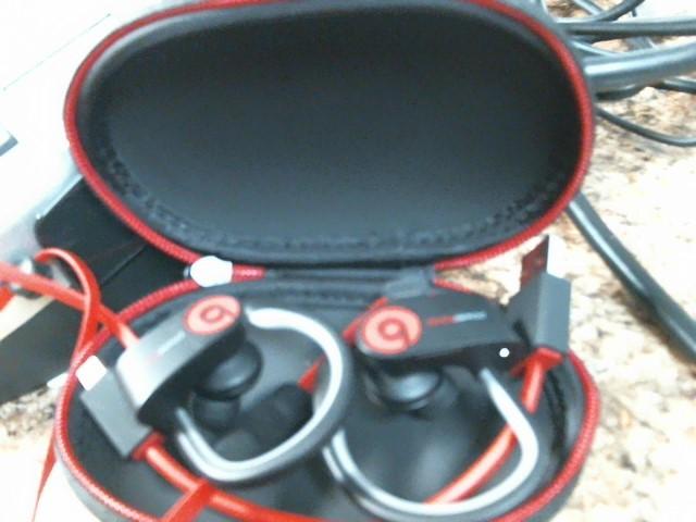BEATS AUDIO Headphones POWERBEATS 2   WIRELESS IN EAR HEADPHONE