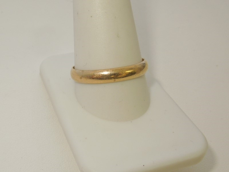 Gent's Gold Wedding Band 10K Yellow Gold 2.7g