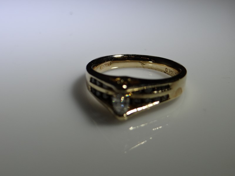 Lady's Diamond Engagement Ring 19 Diamonds .21 Carat T.W. 14K Yellow Gold 6.53g