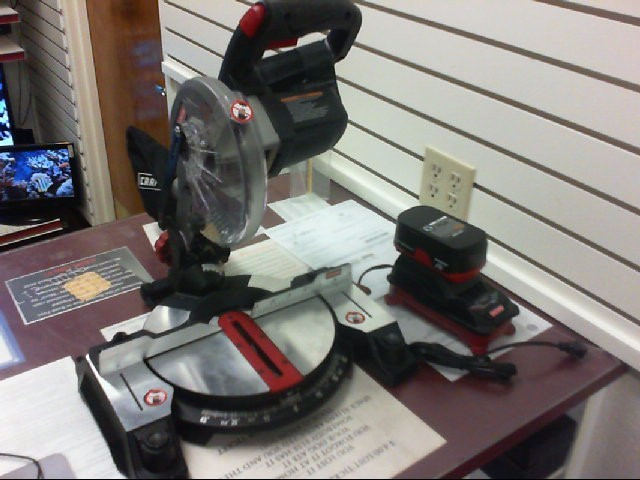 CRAFTSMAN Radial/Chop Saw BT2010