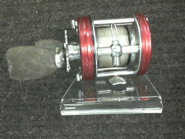 ABU GARCIA AMBASSADEUR 5000 RIGHT-HANDED FISHING REEL