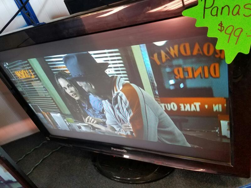 PANASONIC Flat Panel Television TC-L32X1
