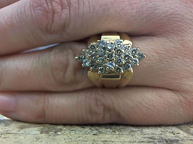 Lady's Diamond Cluster Ring 23 Diamonds .92 Carat T.W. 10K Yellow Gold 5.7g