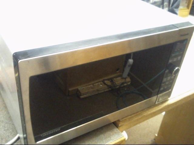 PANASONIC Microwave/Convection Oven THE GENIUS SENSOR 1300W THE GENIUS SENSOR 13
