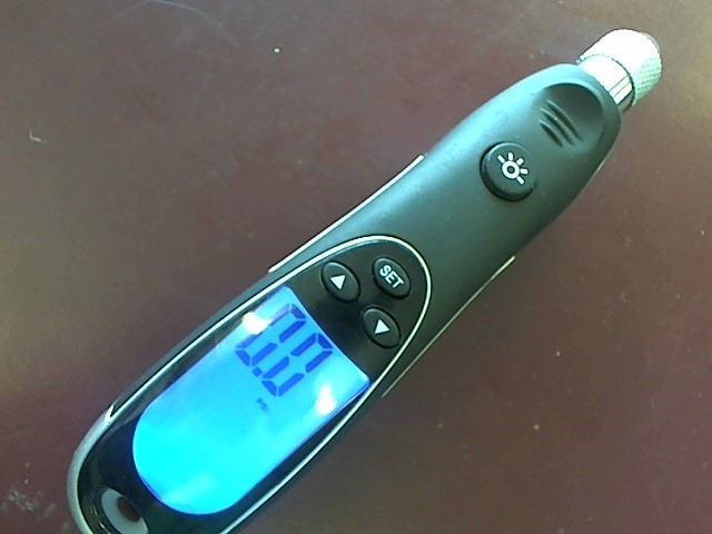 CRAFTSMAN DIGITAL TIRE GAUGE