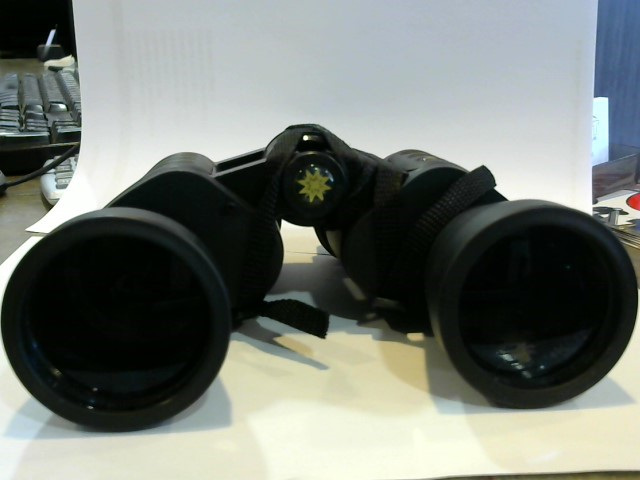 MEADE Binocular/Scope TRAVELVIEW 10 *50 367 FT/1000YDS