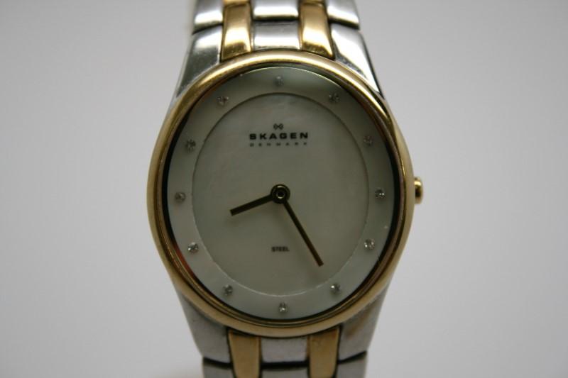 SKAGEN Lady's Wristwatch DENMARK