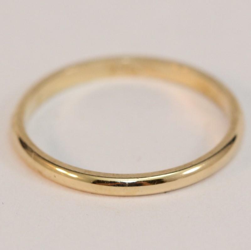 14K Yellow Gold Women's Wedding Band Ring Size 7