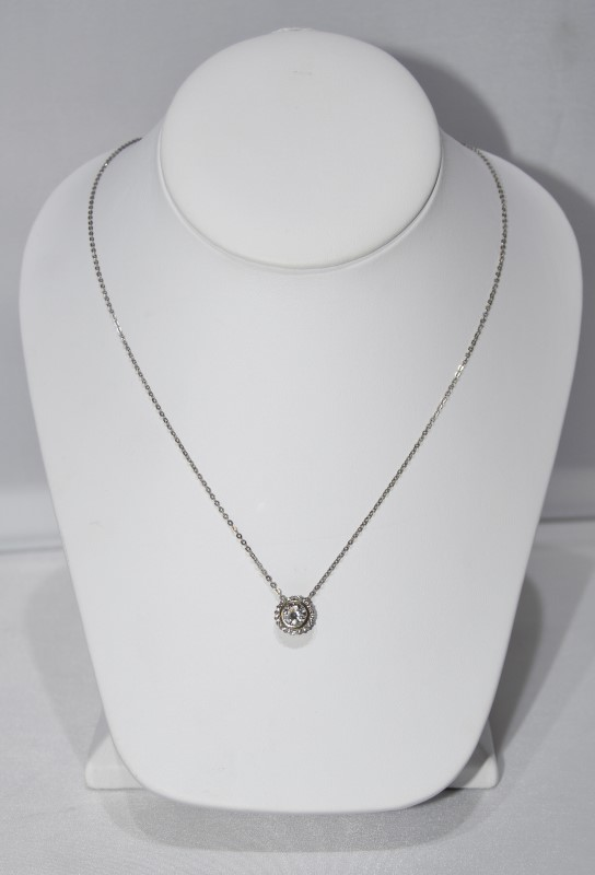 "18"" Sterling Silver Cubic Zirconia Halo Necklace Pendant on Box Chain"