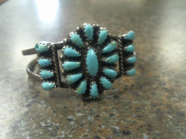 NATIVE AMERICAN BRACLET (SIGNED)