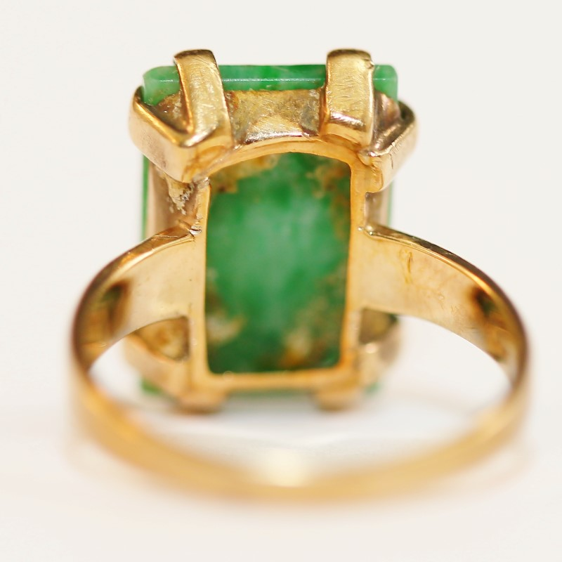 10K Emerald Cut Emerald Ring Size 5.75