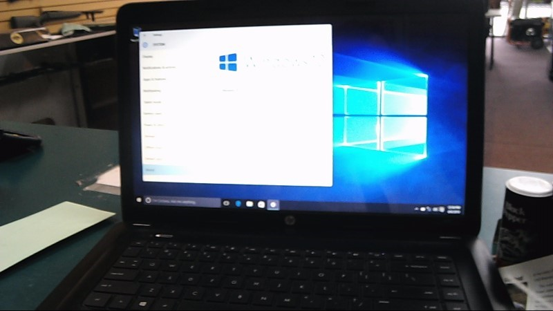 HP Laptop/Netbook PAVILION G6-Windows 10