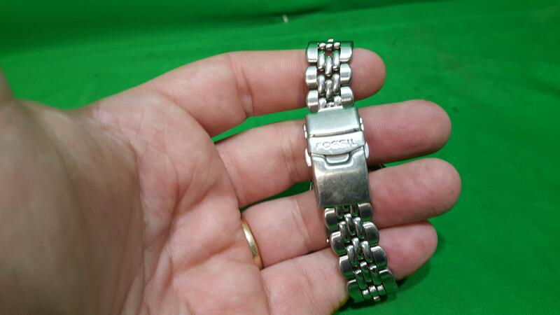 FOSSIL Lady's Wristwatch AM-3581